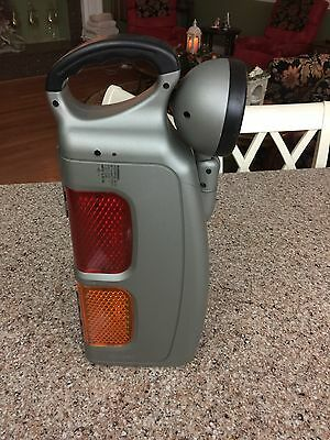 Auto Safety Light and Tool Kit - New Unbranded