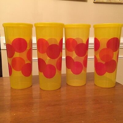 FOUR Vintage Tupperware Tumblers Cups 16 Ounce w/Lids Yellow Red Polka Dots MINT