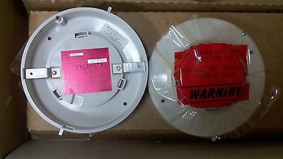 New Simplex 2098-9202 Ionization Smoke Detector 24Vdc (13 Available)