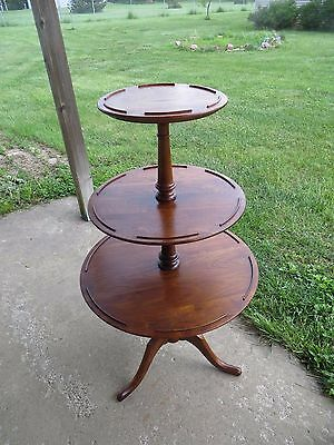 Vintage Walnut Butler/Dumb Waiter 3-Tier Table with 3 Legs