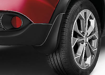 Genuine Nissan Juke 2014 -Front and Rear Mudflaps Mud Guards New - KIT of 4