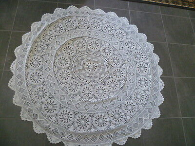 VINTAGE OFF WHITE / CREAM  HAND CROCHETED  ROUND TABLECLOTH 146 cms across