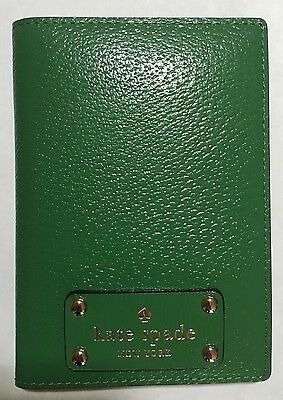 Kate Spade Wellesley Green Leather Passport Holder Case - New with tags