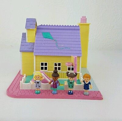 Vintage Polly Pocket Schoolhouse 100%Complete    1993 excellent condition