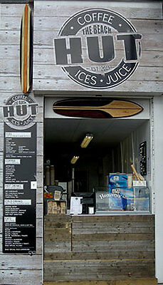 Unique Seafront Coffee Ice Cream & Snack Bar In Filey For Sale
