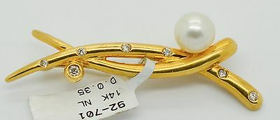 Vintage 14k Yellow Gold, Pearl and Diamond .35tcw Women's Brooch Pin