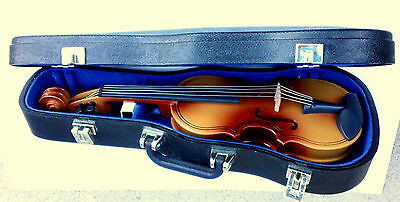 Miniature Violin model with bow & Case