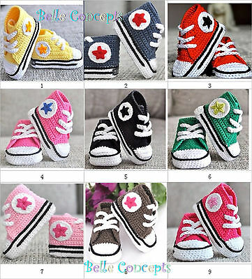 S002 - Baby First walkers hand Crochet converse show size 0 to 12 months