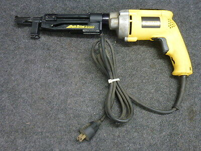 DEWALT DW277QD SCREWGUN w/ QUIK DRIVE 2000 AUTO FEED ATTACHMENT