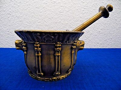 Vtg Brass/Bronze Apothecary Mortar and Pestle Pill Crusher Heavy Wide Base Camel