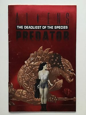 Dark Horse Aliens Vs Predator Deadliest of the species Red Foil Ash Can Comic NM