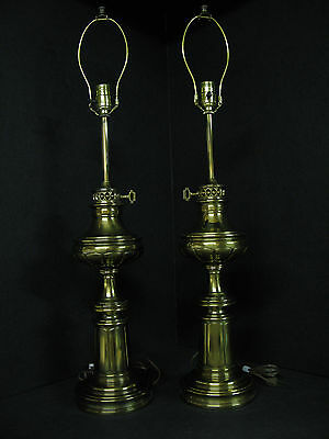 Pair Of Stiffel Table Lamps  3-Way Light Up To 150W -  Working