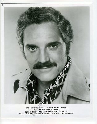 ORIG PROMOTIONAL PHOTO HAL LINDEN MAN OF LA MANCHA O'KEEFE CENTRE Toronto 1988