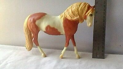 Breyer Horse Medium  Pinto