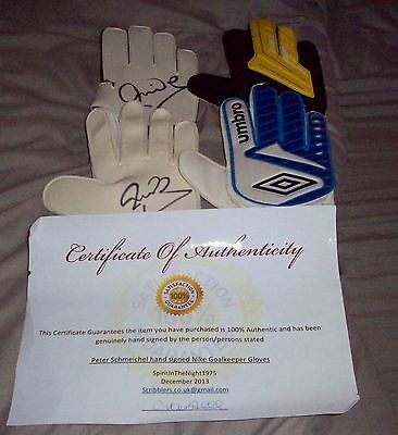 Peter Schemeichel signed gloves with COA