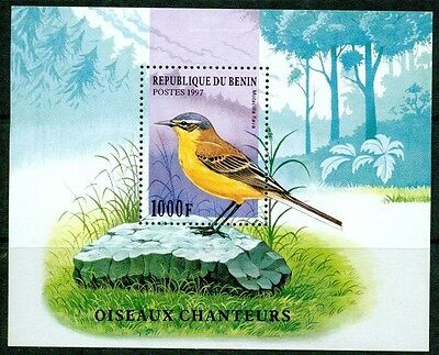 Benin - 1997 – Singing Birds – S/s Vf  **