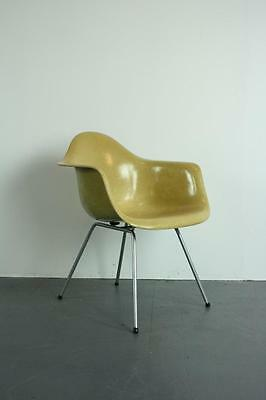 VINTAGE EAMES HERMAN MILLER LAX CHAIR ORIGINAL H BASE RETRO #1932a