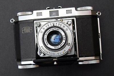 ZEISS IKON CONTINA 2 35mm CAMERA WITH NOVAR ANASTIGMAT LENS