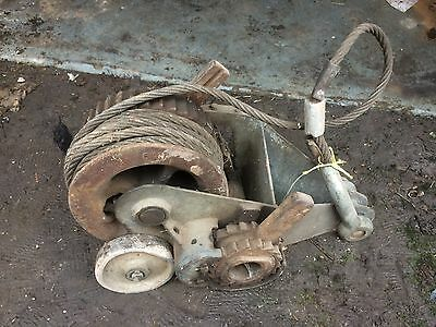 Universal Heavy Duty Hand Winch Ideal Steam Engine Tractor Lorry Factory