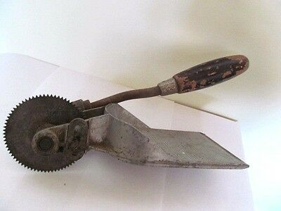 Vintage Delway Tc4 Floor Board Cutter. Good Working Order