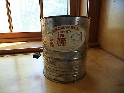 Bromwell vintage 5 cup crank flour sifter...FS.