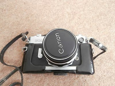 Vintage Canon FX 35mmm Camera in fitted leather case