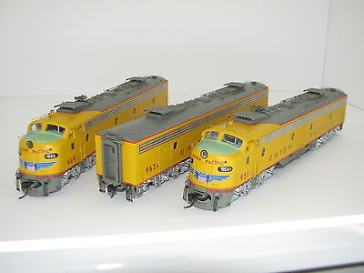 Walthers Proto HO EMD E9 ABA Set Union Pacific All Locos Tsunami Sound Installed