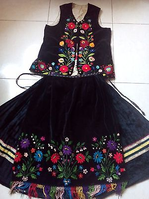 Ukrainian embroidered suit,1920-1940y, S-M, Borschiv region, Ukraine