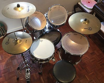 Tama  Imperialstar  Drum  Kit  With  Planet Z  Cymbals  Excellent  Condition
