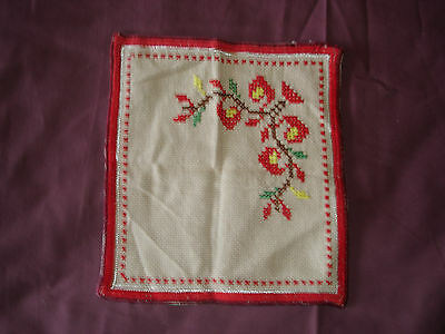 #103  Beautiful Vintage Hand-Embroidered Napkin  9''/8''(23cm/21cm)