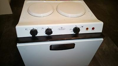 Electric Baby Belling Oven and Grill. 2 Hobs. Free Standing