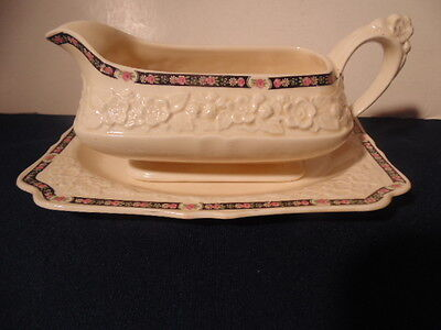 Gainsborough Crown Ducal  Gravy Boat&under Plate.rg. No. 749657