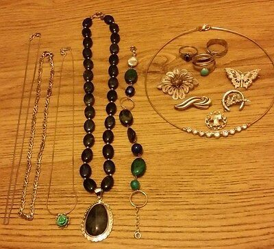 925 Silver Job Lot - 5 Necklaces, 1 Bracelet, 5 Brooches, 3 Rings
