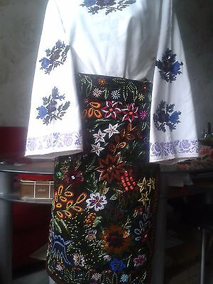 Ukrainian vintage embroidered suit with beads, M-L, handiwork