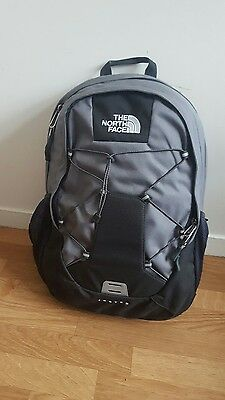 sac a dos authentique THE NORTH FACE  NEUF