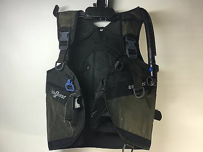 Sea Quest  Size Medium Black Scuba Dive Vest Used