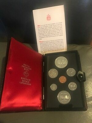 1974 CANADA DOUBLE STRUCK COMMEMORATIVE COIN SET ROYAL CANADIAN MINT - silver $1
