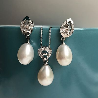 Genuine 8-9mm Freshwater Pearl necklace and earring set S925 Silver Set