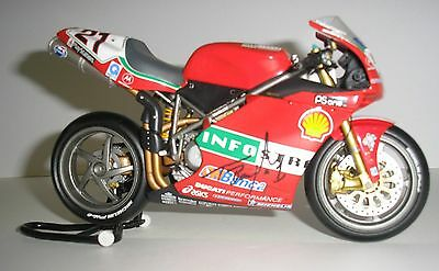 Minichamps Ducati Troy Bayliss 2001 1:12th scale with signed bike and box