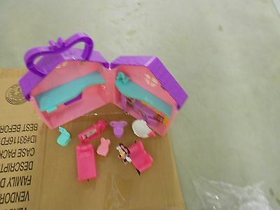 """Disney Fisher Price Minnie Mouse & Daisy Bow-tique House +3"""" Figure ,Accessories"""