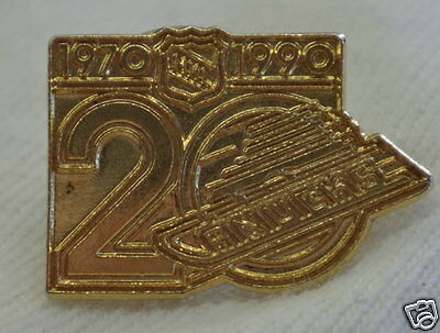 Vancouver CANUCKS 20 Years Collector Pin