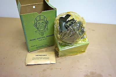 WWII Pilot's Type A-14 Oxygen Mask - NOS!