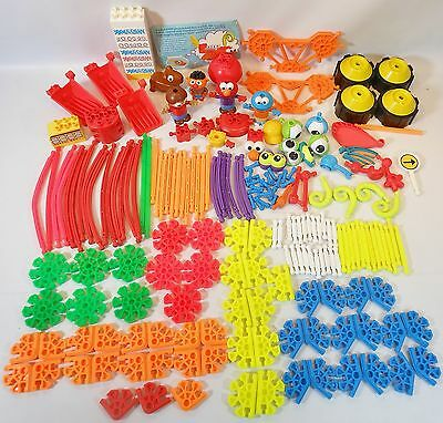 KIDS K'NEX over 200 pc LOT BUILDING TOY CONNECTORS RODS EYES WHEELS PEOPLE