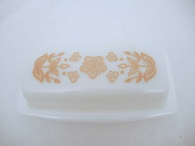 Vintage Pyrex Butterfly Gold 1/4 Lb Butter Dish