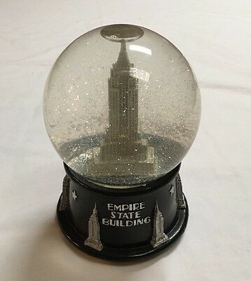 New York City  Musical Snow Globe Dome Empire State Building Snowdome