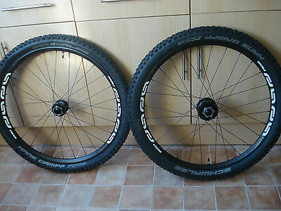e13 e*thirteen TRS wheels, 650b, 27.5 inches, with tyres