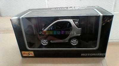 Maisto 21103-3 1:33 Die Cast Model Smart Car Black & Silver   3+ Years