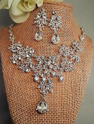 Sophisticated Bridal Necklace Silver Plated Pierced Rhinestone Necklace Set