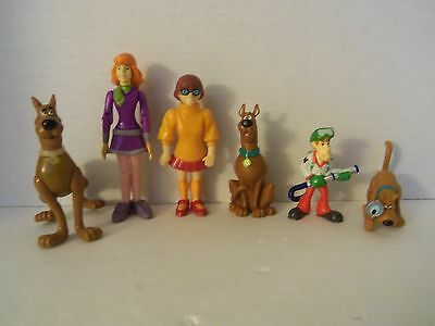 Lot of 6 Scooby Doo PVC Figures Cake Toppers Shaggy Velma Daphne