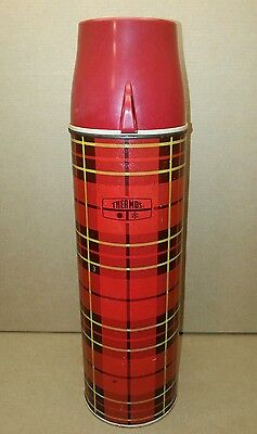 Vintage 1973 Thermos bottle no. 2442 King Seeley red plaid 32 oz quart size